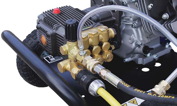 DENQBAR high pressure washer with low-pressure injector